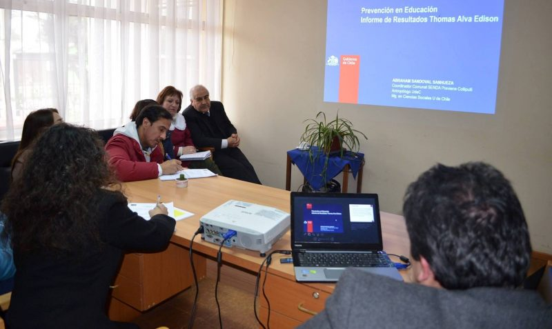 SENDA Previene de Collipulli asesora a Escuela Thomas Alva Edison para generar plan preventivo escolar