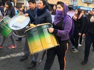 Colorida marcha por la prevención recorrió las calles de Frutillar