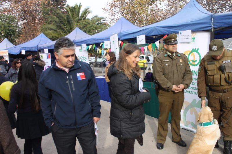 En Colina conmemoran Día de la Prevención con feria en la Plaza de Armas