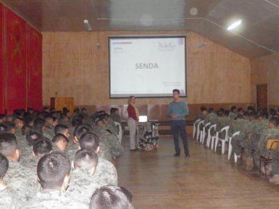 Senda Previene de Natales llega hasta el regimiento N°5 Lanceros