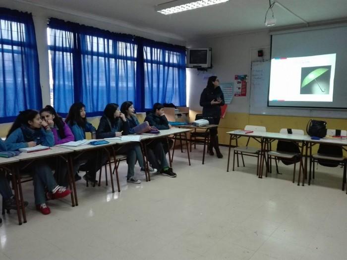 SENDA Previene Los Lagos realizó conversatorio sobre drogas con estudiantes de la Escuela Nevada