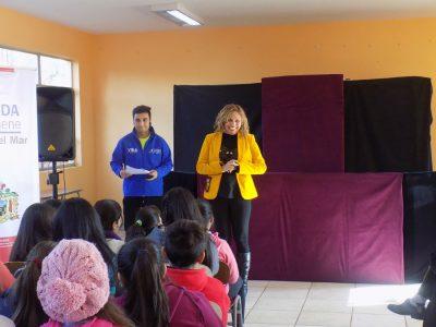 Con zumba y teatro los niños y niñas de Viña del Mar aprenden de Prevención