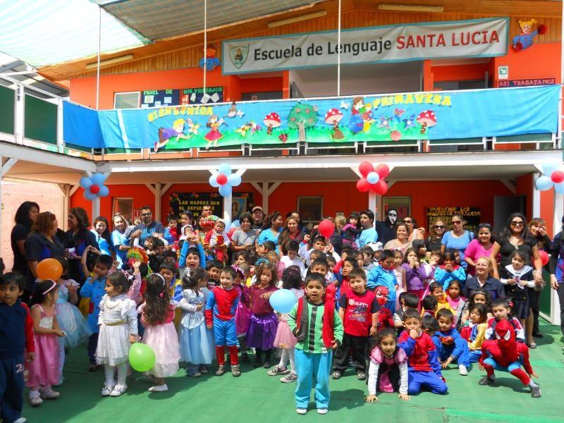 Escuela de Lenguaje de Alto Hospicio promueve la prevención con innovadoras estrategias educativas