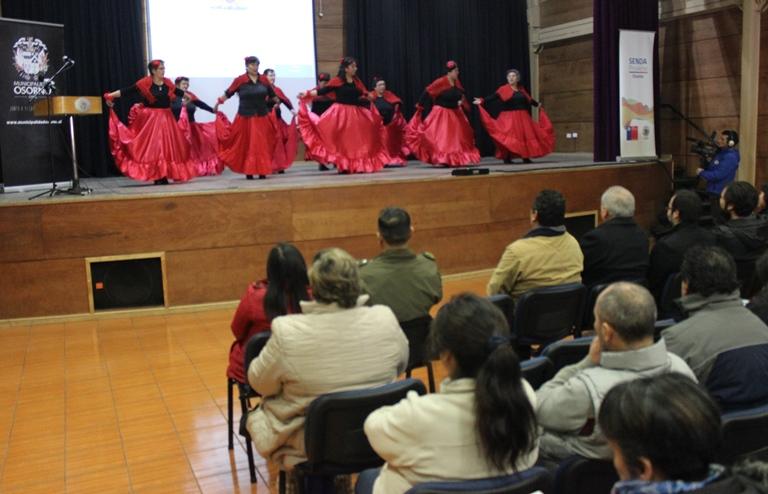 SENDA Previene Osorno organizó jornada de bailes y música para fortalecer trabajo preventivo