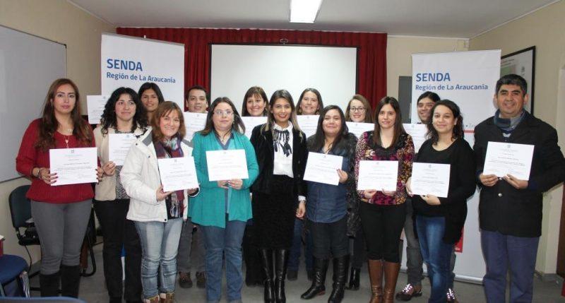SENDA Araucanía certificó a 25 profesionales de programa Actuar a Tiempo