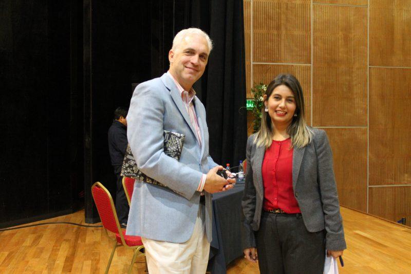 Profesores de escuela de Pica culminaron capacitaciones preventivas