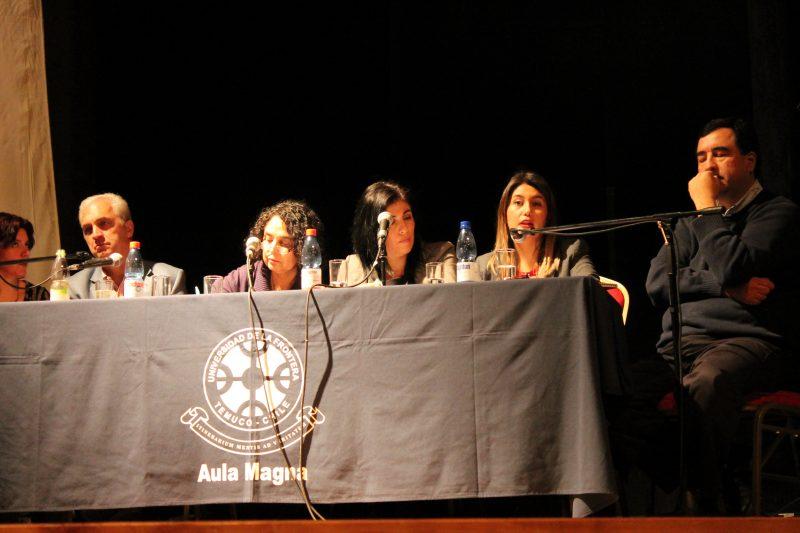 Directora Regional de SENDA Araucanía participa como experta en seminario sobre adultez emergente