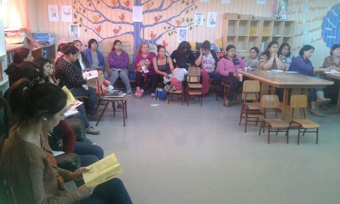 Realizan primer encuentro con mujeres jefas de hogar de la Villa El Palqui