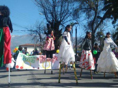 Jóvenes en proceso de rehabilitación comparten su experiencia con alumnas del Liceo Gabriela Mistral