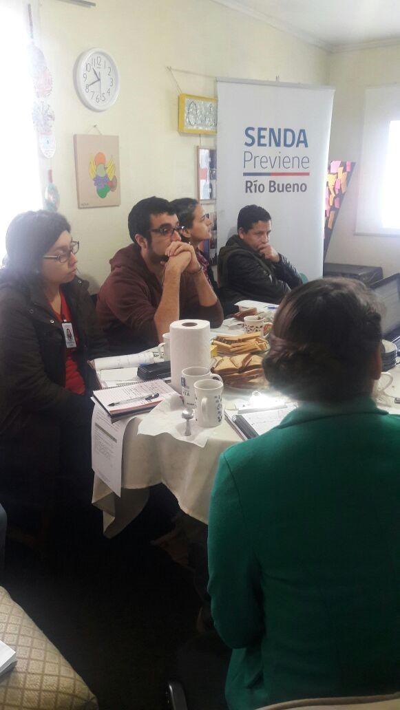 SENDA Previene Río Bueno realizó 3ª Mesa Técnica de Tratamiento por consumo de sustancias