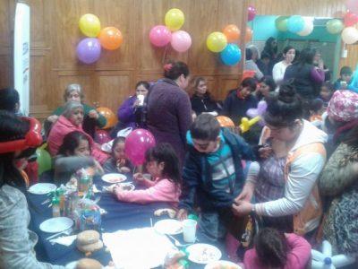 SENDA Previene Valdivia y Club Deportivo Chorrillos celebraron Día del Niño en sector Pablo Neruda