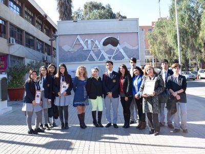 Estudiantes ganadores de II Zonal de Debates recibieron saludo de autoridades
