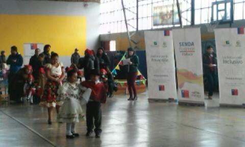 SENDA Previene Paillaco y jardines infantiles de JUNJI realizaron muestra folclórica y actividades preventivas