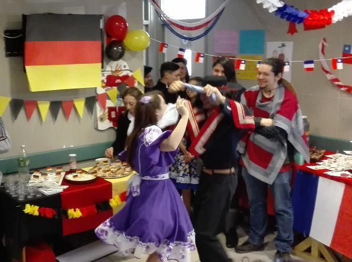 Unidad de corta estadía (UHCE) infantoadolescente celebró las Fiestas Patrias