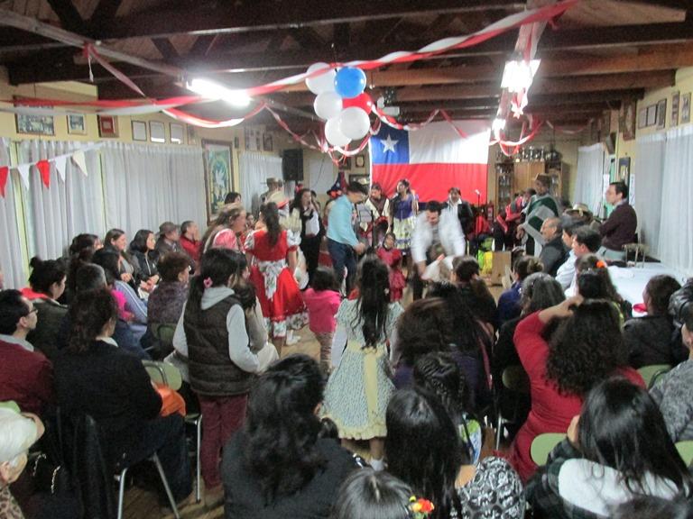 """Con """"Peña Grado 0"""" celebran Fiestas Patrias en Comunidad Terapéutica Peulla Osorno"""
