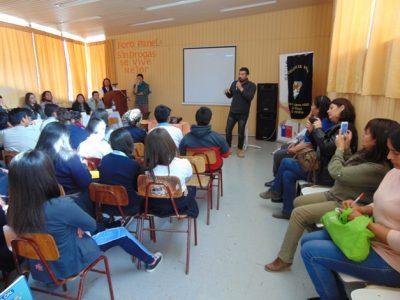 Escolares de El Palqui participan en foro panel sobre la prevención del consumo de drogas