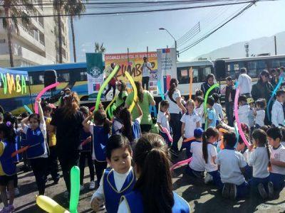 Hospital Día del Adulto promueve integración y prevención con jornada de Zumbatón