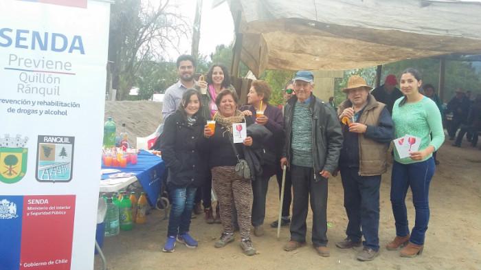 Universitarios promueven prevención del consumo de drogas y alcohol en escuelas de verano en Chiloé