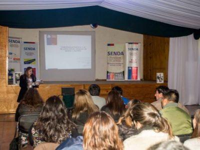 Oficinas Previene de la provincia de Talagante realizan seminario sobre parentalidad positiva