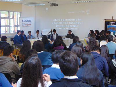 Escolares de Monte Patria debaten sobre el consumo de drogas