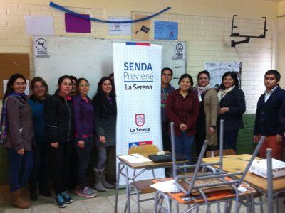Realizan talleres para reforzar el rol parental en La Serena