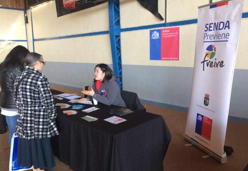 SENDA  Previene de Freire participa con stand en feria laboral