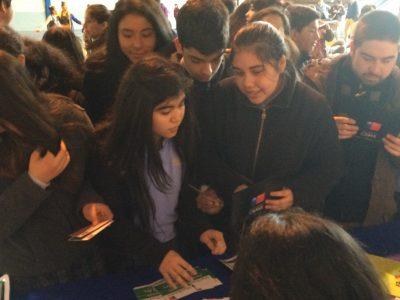 SENDA Previene de Freire invita a jóvenes a prevenir el consumo de drogas en actividad de reciclaje