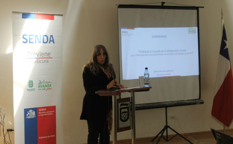 Directora regional participa de seminario sobre integración social en población escolar