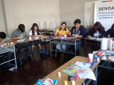 Con éxito finaliza taller de «Expresión Artística» en La Cisterna