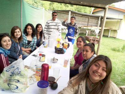 SENDA Previene Nueva Imperial reconoce apoyo de los agentes preventivos con almuerzo campestre