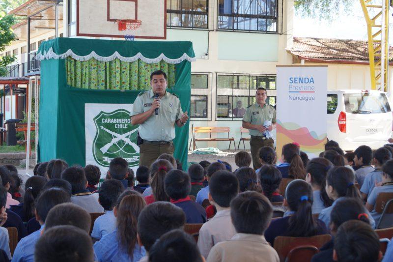 Con títeres Senda Nancagua y Carabineros invitan a escolares a transitar seguros