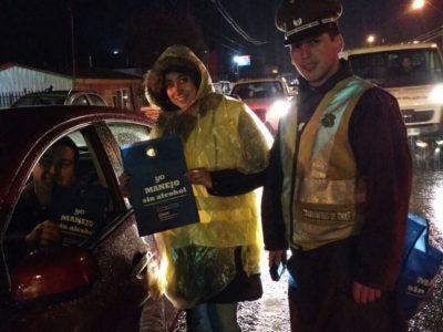 Realizan controles preventivos a conductores en Castro