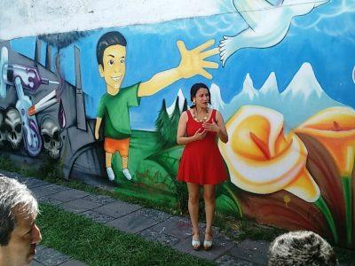 Jóvenes en rehabilitación inauguran mural sobre el cambio en sus vidas
