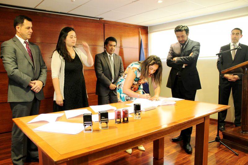 Autoridades firman protocolo  para extender labor de los Tribunales de Tratamiento de Drogas a adolescentes
