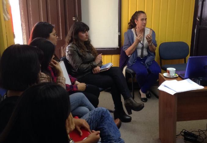 Representantes de centros de tratamiento discuten sobre perspectiva de género