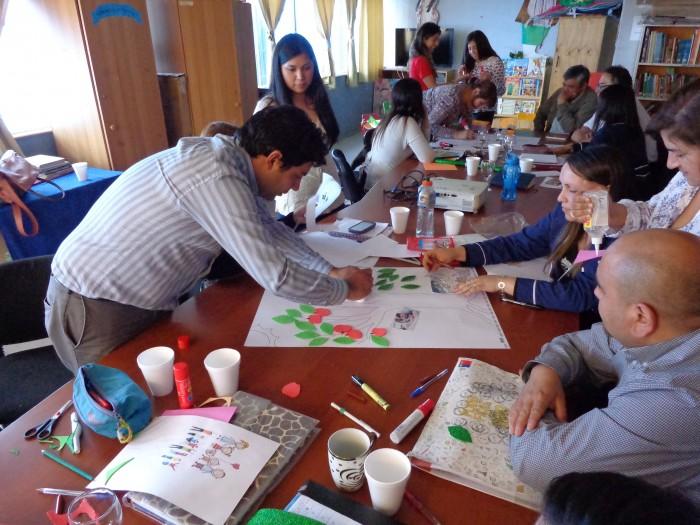 SENDA Previene Lanco capacitó sobre ciclo vital y adolescencia a directivos y docentes de la Escuela Felipe Barthou Corbeaux