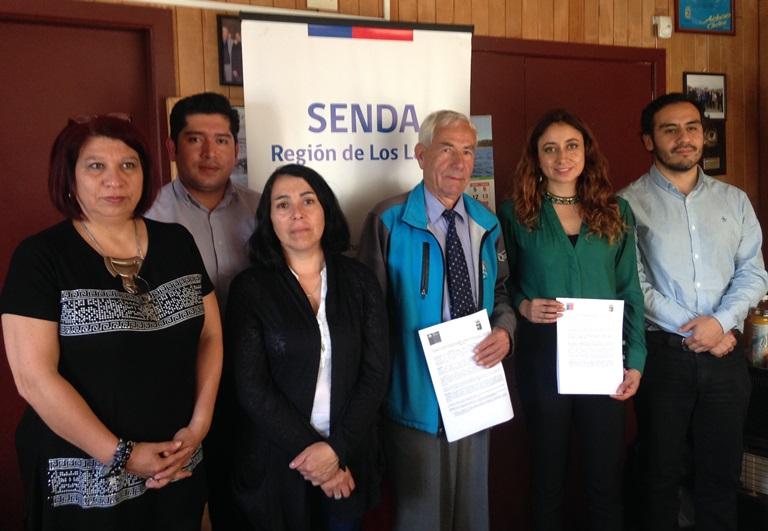 SENDA y Municipalidad de Quinchao firman convenio para abordar consumo de drogas y alcohol en la comuna