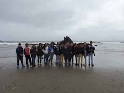 Alumnos de Escuela Pampa Ríos de Río Bueno visitaron Ancud gracias a premio de concurso preventivo