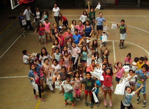 Estudiantes de Vitacura se suman a campaña de verano de SENDA