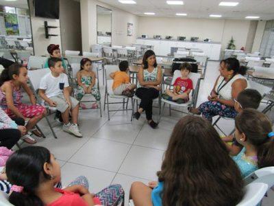 SENDA Previene Vitacura difunde campaña con niños y niñas de programa «EntreTardes»