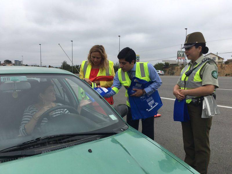 Actividad liberó de pago a automovilistas en la plaza de peaje de Quilpué en el Troncal Sur