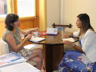 SENDA Araucanía fortalece trabajo en conjunto con SERNAMEG en materia de género