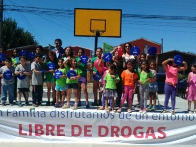 SENDA Previene Valdivia llevó campaña de verano hasta sector Guacamayo
