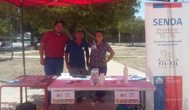 SENDA Previene Tiltil difunde campaña de verano la plaza de armas