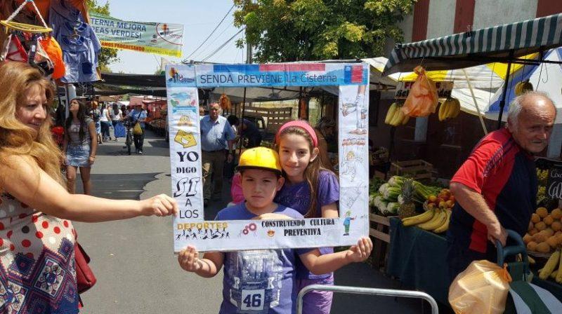 En La Cisterna Previene difunde campaña de verano a vecinos
