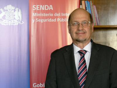 Presidenta Michelle Bachelet designa a Dr. Patricio Bustos comoDirector Nacional de SENDA