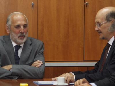 Director de SENDA abordó trabajo conjunto con Fiscal Nacional