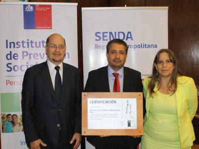 SENDA entrega certificación inicial de programa «Trabajar con Calidad de Vida» al IPS