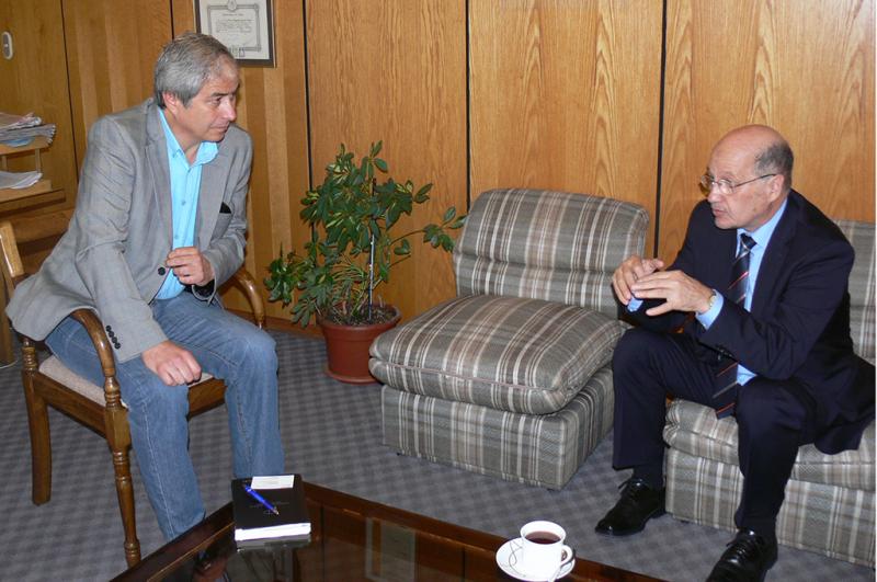 Director de SENDA se reunió con presidente del Colegio de Profesores