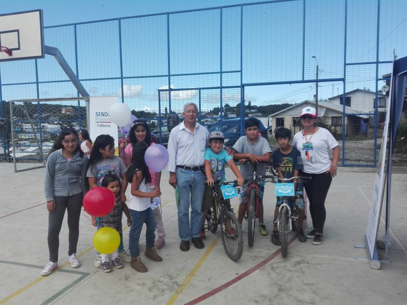 Vecinos y vecinas de Calbuco se unieron a campaña verano libre de drogas